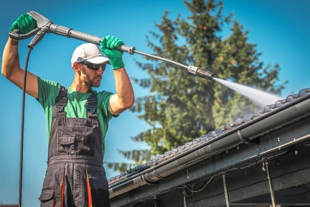 benefits of roof cleaning